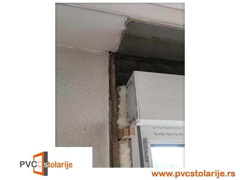 Ispunjavanje pur pene izmedju prozora i zida - Zamena prozora u stanu