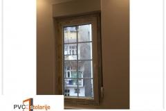 Jednokrilni PVC prozor ugradnja - 80/180, ukrasne lajsne, ALU roletna - rehau