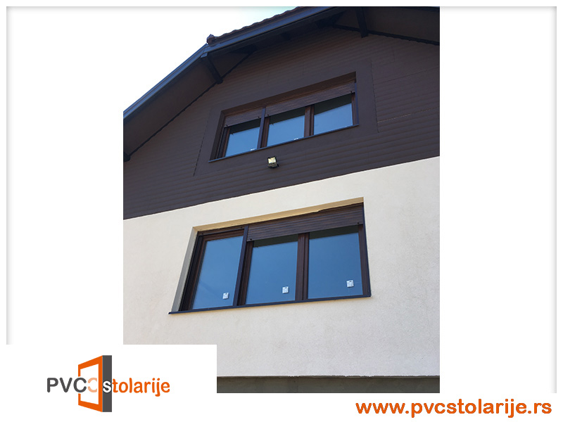 Trokrilni PVC prozor ugradnja - 210/160, ALU roletna, rolo komarnik. Profil - EKO